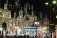 Paris 4ème arrondissement. La façade de l'Hôtel de Ville durant les fêtes de Noël 2013 * Paris 4th district. The facade of the City hall during Christmas 2013