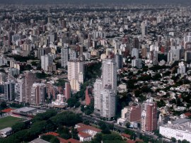 Aerial_view_of_Buenos_Aires,_2009-03-28