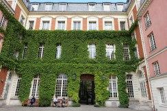Institut_historique_allemand,_Le_Marais,_Paris_2_May_2017