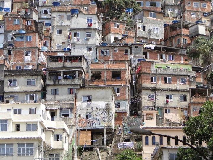 2048px-Favela_not_far_from_Copacabana