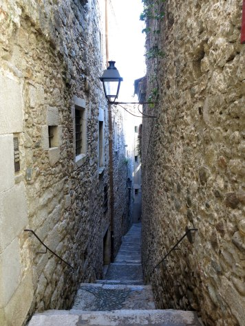 211_Carrer_de_Sant_Llorenç,_call_jueu_(Girona)