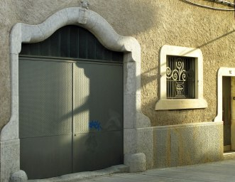 300_Casa_Crous,_c._Portal_Nou_14_(Girona),_porta