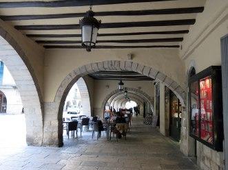 378_Voltes_de_la_plaça_del_Vi,_11_(Girona)