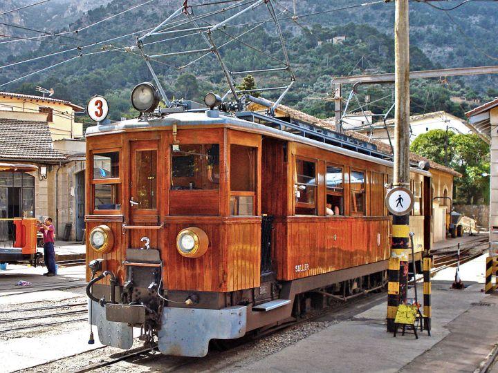 Soller train to Palma