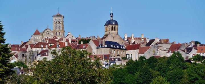 Vézelay_Blick_auf_Vézelay_2