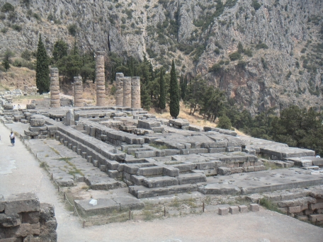 Delphi (XLI)